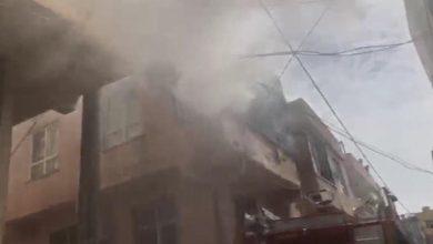 Photo of Evde çıkan yangında 2 kişi dumandan etkilendi