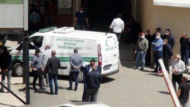 Photo of Traktör ile pulluk arasında feci ölüm