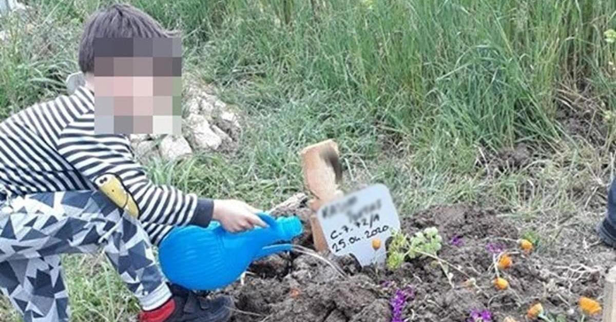 Eski Futbolcu Oğlunu Boğarak Öldürdü