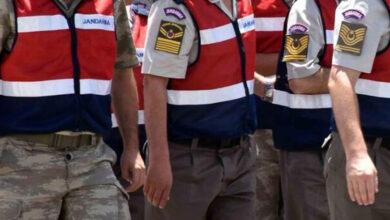 Photo of Sahte Jandarma ile Gerçek Jandarma Karşı Karşıya Geldi