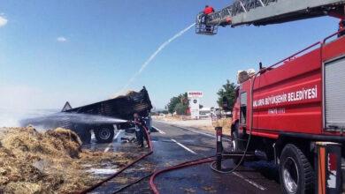 Photo of Şanlıurfa'da Korkutan Yangın! Tır Alev Aldı