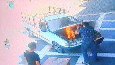 Photo of Urfa'da Yanan Araçtan Yanmaktan Son Anda Kurtuldular
