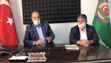 Photo of Özcan, Çiftçilerin Sorunlarına Bir Telefon Kadar Yakın