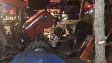 Photo of Araba, Tarım İşçilerin Çadırına Daldı! 2 Ölü