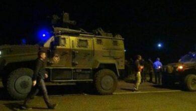 Photo of Zırhlı Araç Uçurumdan Yuvarlandı! 2 Şehit, 7 Asker Yaralı