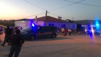 Photo of Köy meydanında silahlı çatışma: 1 ölü 1 yaralı