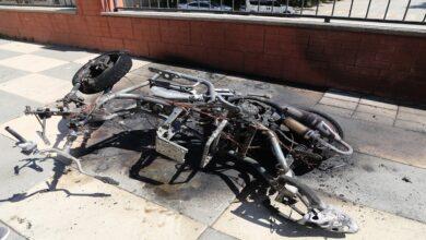 Photo of Ödünç aldığı motosikleti sinirlenince yaktı