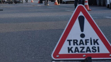 Photo of Şanlıurfa'da kamyonet traktöre çarptı: 3 yaralı