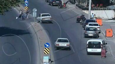 Photo of Urfa'da Metrelerce fırladı hiçbir şey olmamış gibi kalkıp yürüdü