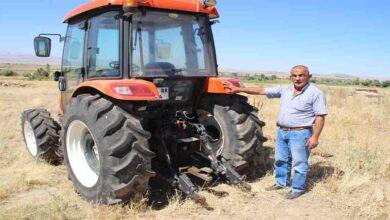 Photo of Sıfır kilometre aldığı traktör hayatını kabusa çevirdi