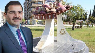 Photo of Canpolat, Fıstık Urfa'nındır Dedi Heykelini Dikti