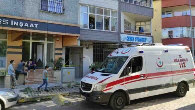 Photo of Aynı evde kalan 5 kişi kavga etti: 1 ölü, 1 yaralı