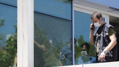 Photo of Kadın Cinayeti! Eşinin İş Yerini Silahla Bastı