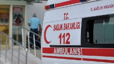 Photo of Devrilen iş makinesinin altında kalan 2 işçi öldü