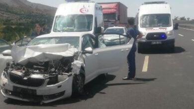 Photo of Şanlıurfa'da Otomobil ile Kamyon Çarpıştı! 5 Yaralı