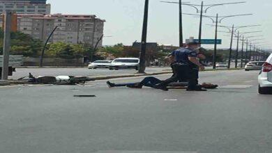 Photo of Polis otosu motosiklet sürücüsüne çarptı