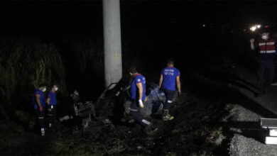 Photo of Kaza yapan aracının içerisinde feci şekilde can verdi