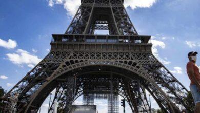 Photo of Paris'te Saldırı İhbarı! Eyfel Kulesi Boşaltıldı