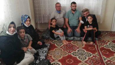 Photo of TUMEF Mağdur Aileyi Yalnız Bırakmadı
