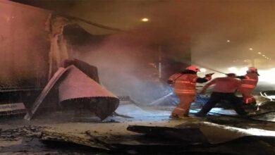 Photo of Biber yüklü tırın dorsesi, alev alev yandı