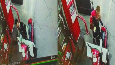 Photo of Şanlıurfa'da Maskeli ve üniformalı hırsız kamerada
