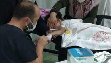 Photo of Kaynar su dolu kazana düşen çocuk hastanelik oldu