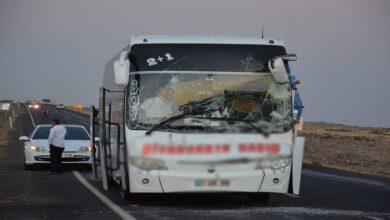 Photo of Şanlıurfa'da yolcu otobüsü ile tır çarpıştı
