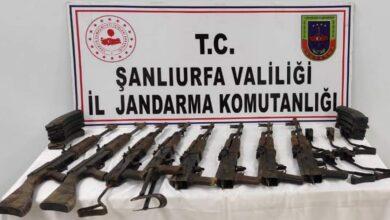 Photo of Şanlıurfa'da 8 kalaşnikof ele geçirildi