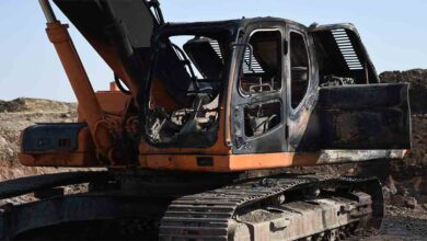 Photo of Urfa'da çalışması yapan iş makineleri kundaklandı