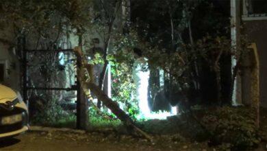 Photo of Eli silahlı şahıs ev bastı: 2 ölü