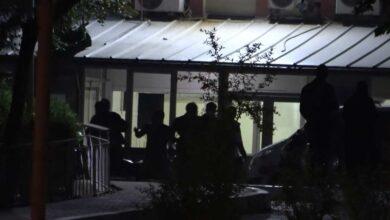 Photo of Antep'te İntihar! Gencin Yakınları Birbirine Girdi