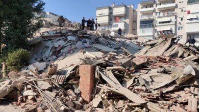 Photo of Deprem Çadırında Kalanların Battaniyesine Göz Dikti