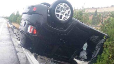 Photo of Şanlıurfa'da otomobil bariyerlere çarptı: 1 yaralı