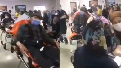 Photo of Korona hastaları sedyede bekletiliyor