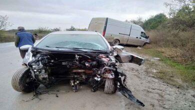 Photo of Kazanın şiddetiyle otomobilin motoru fırladı
