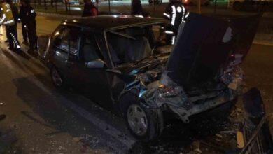 Photo of Otomobil tıra çarptı: 1 ölü, 1 ağır yaralı