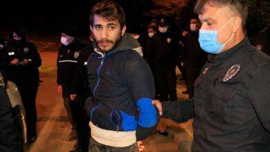 Photo of Maske Takın Diyen Polise Taşla Saldırdılar