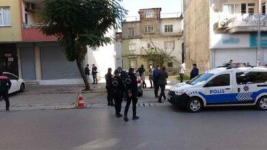 Photo of Sokak ortasında arkadaşını öldürdü