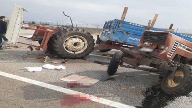Photo of Minibüs ile çarpışan traktör ikiye bölündü