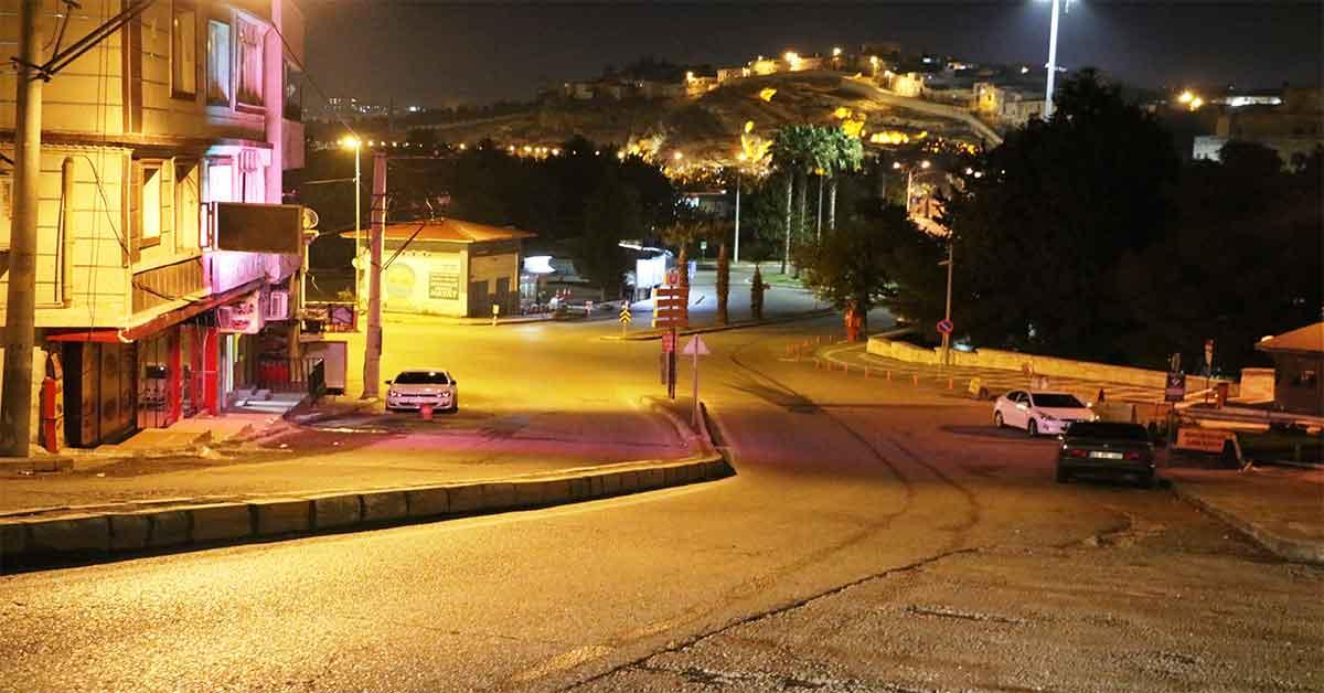 Şanlıurfa'da cadde ve sokaklar sessizliğe büründü