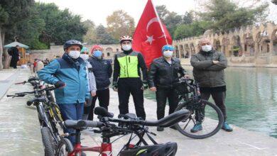 Photo of Köln'den bisikletiyle yola çıkan gezgin Urfa'ya ulaştı