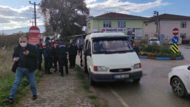 Photo of Köydeki kavgada araya girdi saçmalarla vuruldu