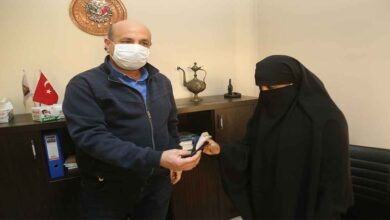 Photo of Urfa'da para dolu cüzdan sahibine teslim edildi