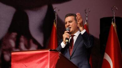 Photo of Mustafa Sarıgül, Parti Kurdu