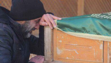 Photo of Urfa'da Bu Defa Tabutunu Sırtına Aldı