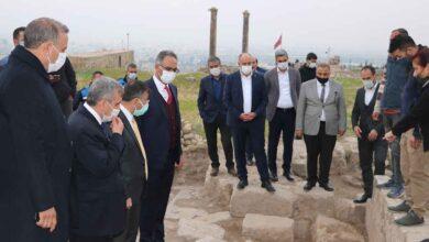 Photo of Urfa'da Kale İçi Kazıları Devam Ediyor