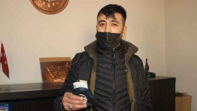 Photo of Urfa'da bulduğu parayı yetkililere ulaştırdı
