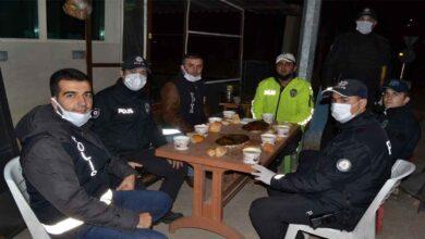 Photo of Urfa'da Sınırında polislere çorba ikramı