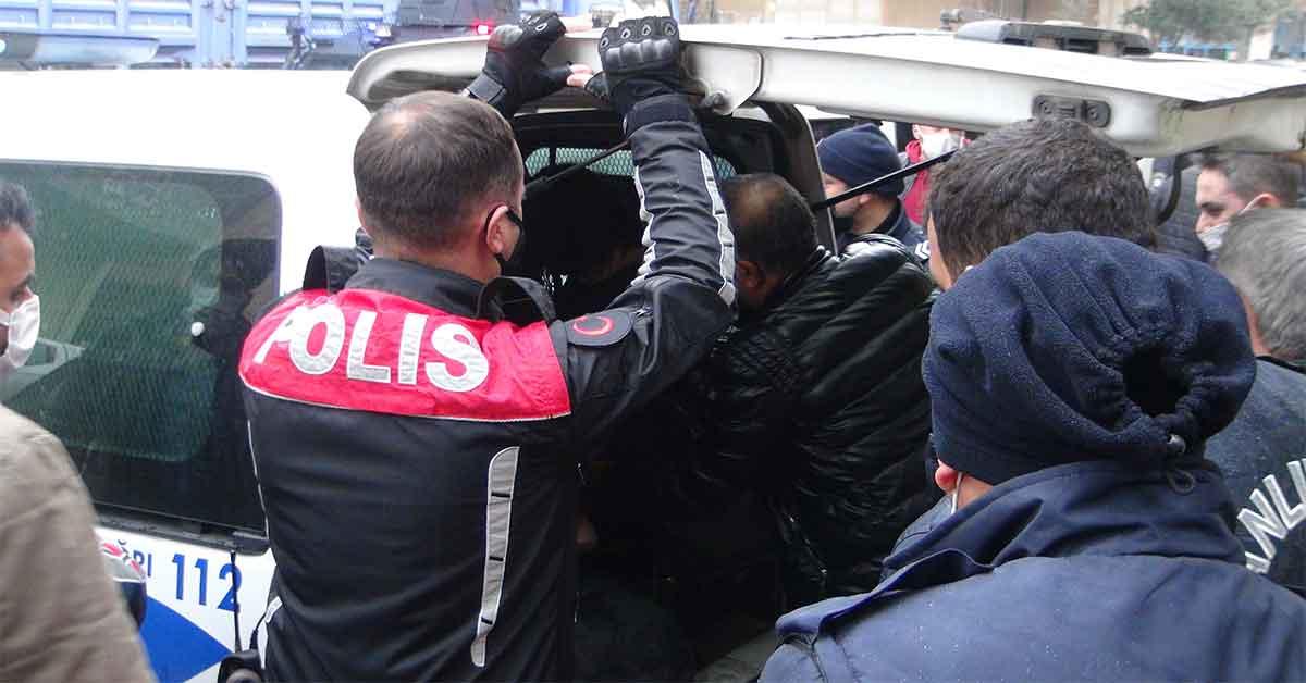 Urfa'da Suriyeliler polisleri bıçakladı