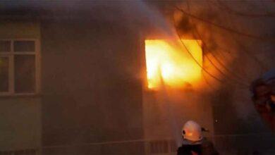 Photo of 2 katlı evde yangın çıktı